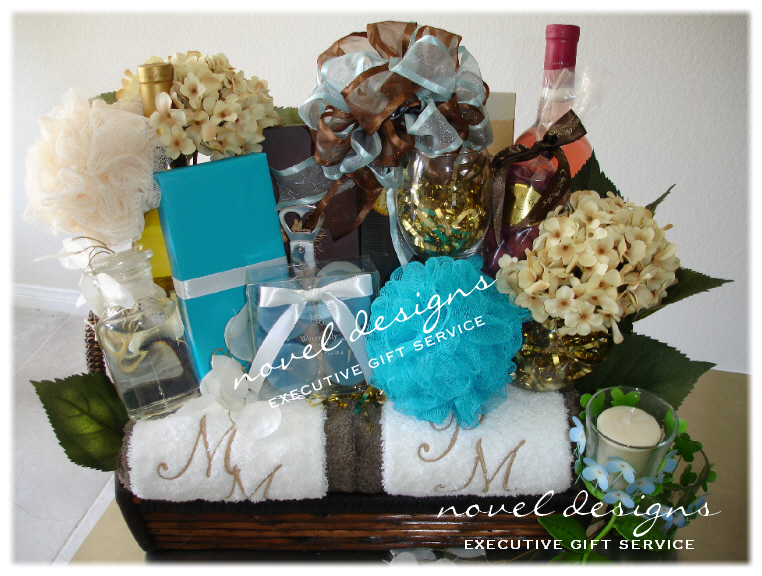 Novel Wedding Gifts: Pamper & Spa Gift Baskets, Las Vegas Gift Basket Delivery